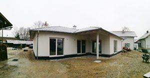 Bungalow-128_Fassade2_Wallersdorf