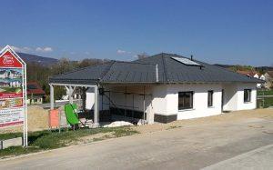 Einfamilienhaus_Fassade2_Bungalow-128_Schoellnach