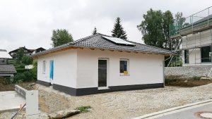 Bungalow78_Einfamilienhaus_Fassade1_Frauenau