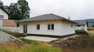 Bungalow78_Einfamilienhaus_Fassade2_Frauenau